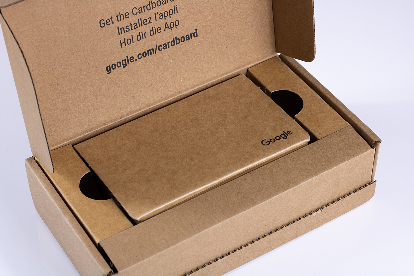 Google Cardboard in Outer Box