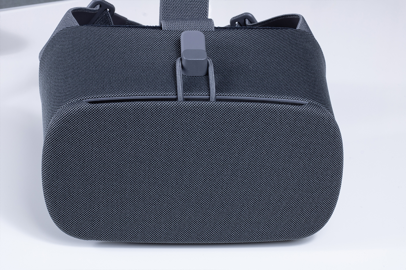 Google Daydream View Headset Front