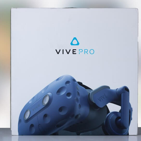 HTC Vive Pro - front of box.